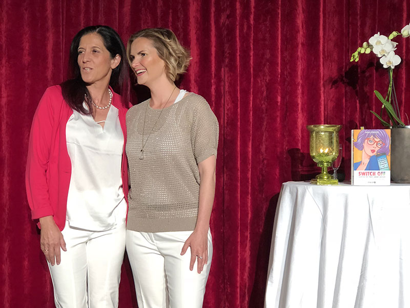 Maria Thurnwalder und Monika Schmiderer - switch off!